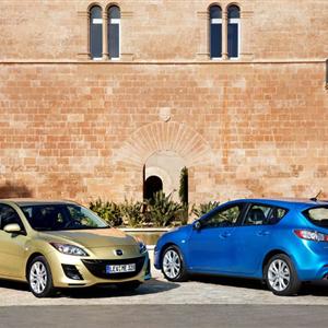 Mazda_3_2010_12.jpg