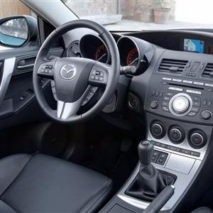Mazda_3_2010_17.jpg
