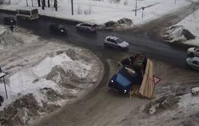 Video: Crash zábery z ruských ciest 02/2016