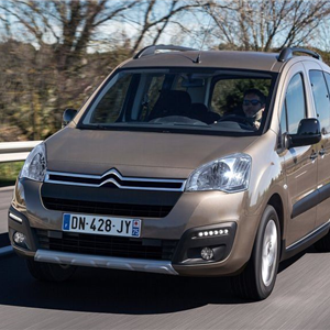 Citroen_Berlingo_2016_01.jpg