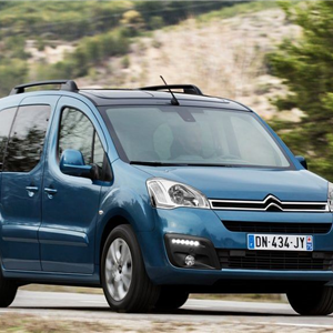 Citroen_Berlingo_2016_02.jpg