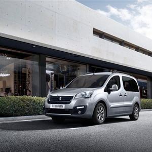 Peugeot_Partner_Teepee_2016_02.jpg